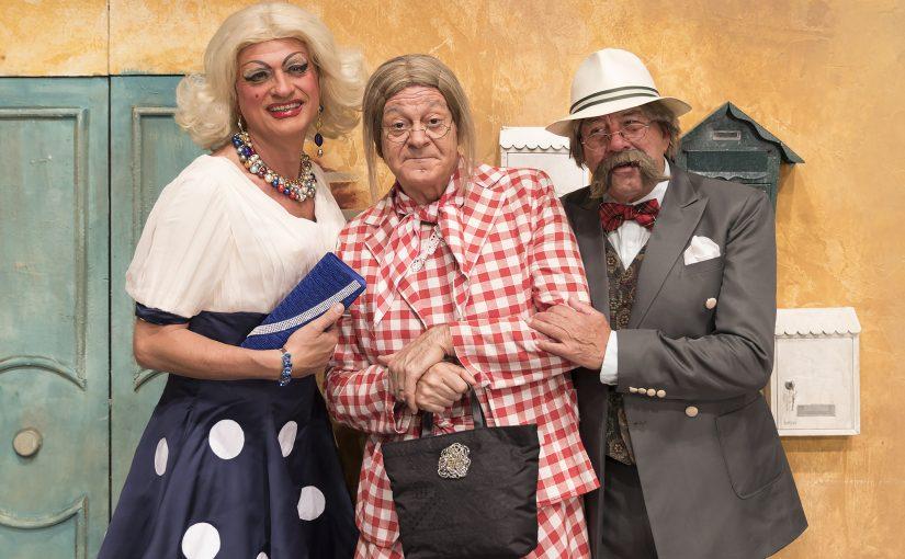 Teatro della Luna! STAGIONE 2018/2019  VI PORTIAMO SULLA LUNA!