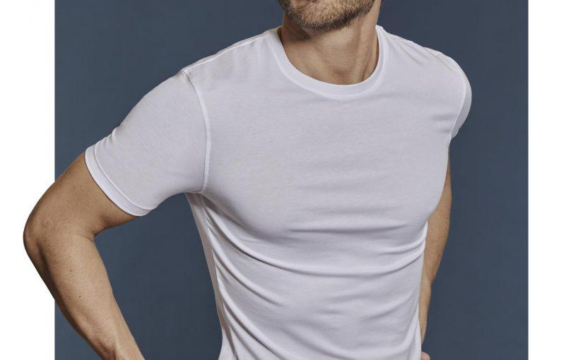 Intimissimi uomo  la t-shirt bianca: un intramontabile must-have