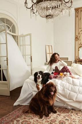 Paola Turani firma la nuova capsule di pigiami Tury x Twinset U&B