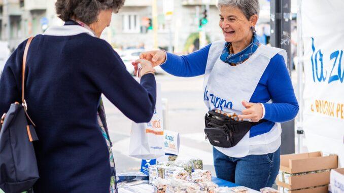 La zuppa della Bontà di Progetto Arca nelle piazze italiane