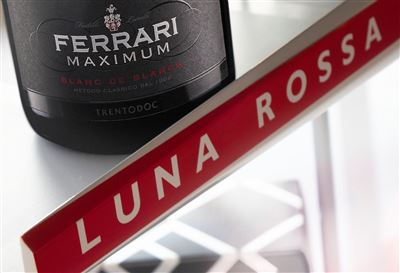 Le Cantine Ferrari sparkling partner del team Luna Rossa Prada Pirelli
